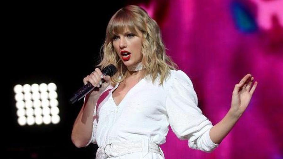 Taylor Swift thu hút mọi ánh nhìn khi chạm ngưỡng 30