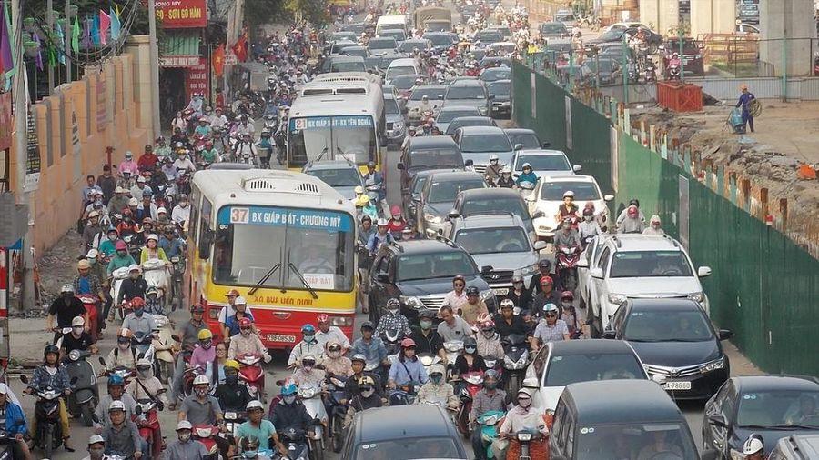 Hà Nội dừng đào đường, cấm xe tải dịp giáp Tết