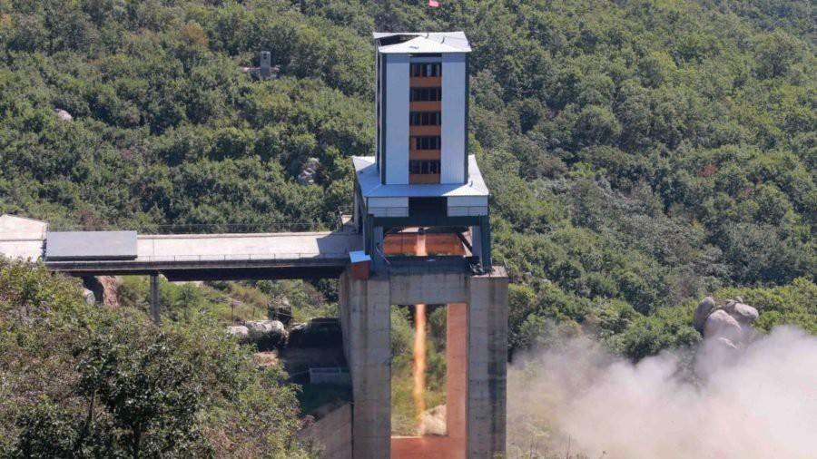 Triều Tiên từ nay không bàn chuyện hạt nhân