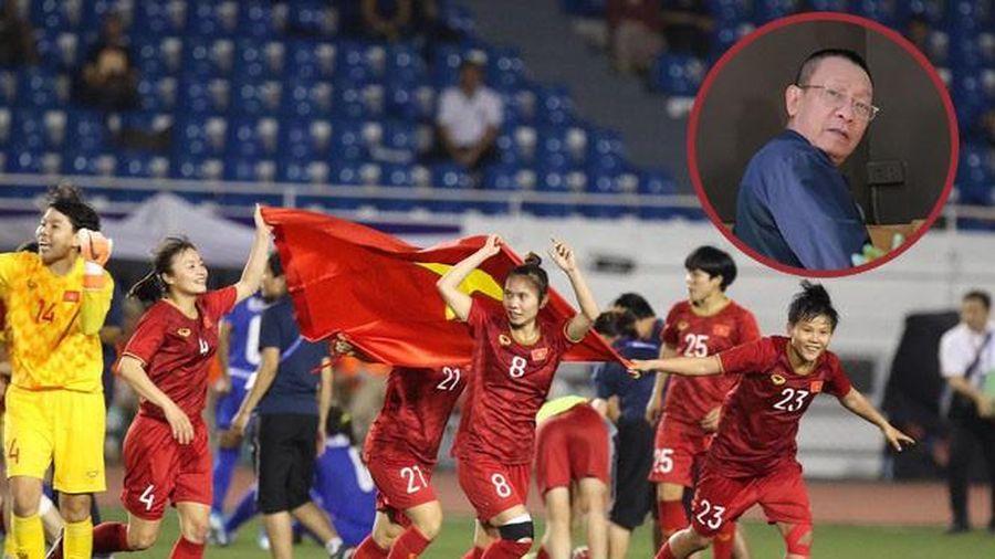 MC Lại Văn Sâm: 'Bóng đã nữ lên tiếng, đợi bóng đá nam trả lời'