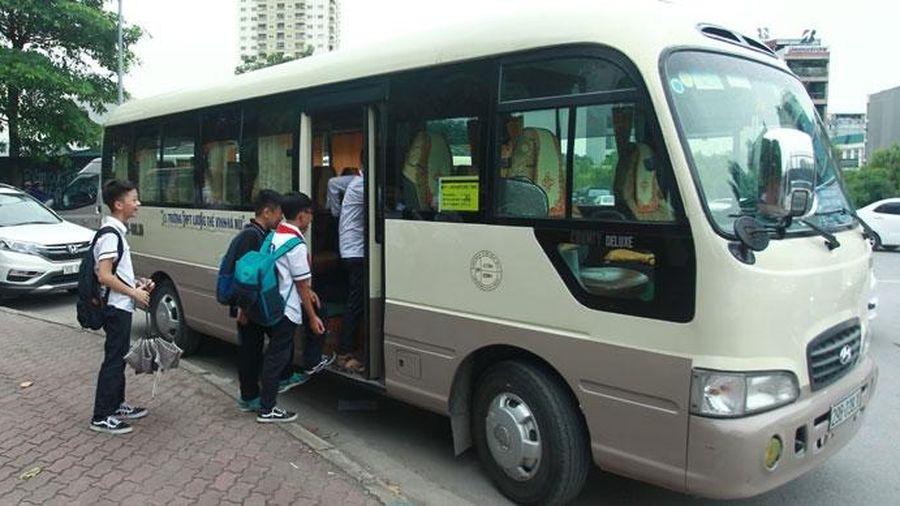 Hà Nội: Xử phạt 39 trường hợp xe đưa đón học sinh
