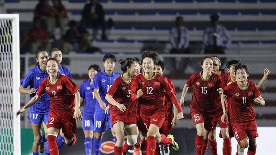ĐTT Việt Nam giành lại vị trí thứ 2 nhờ HCV đầy cảm xúc của bóng đá nữ