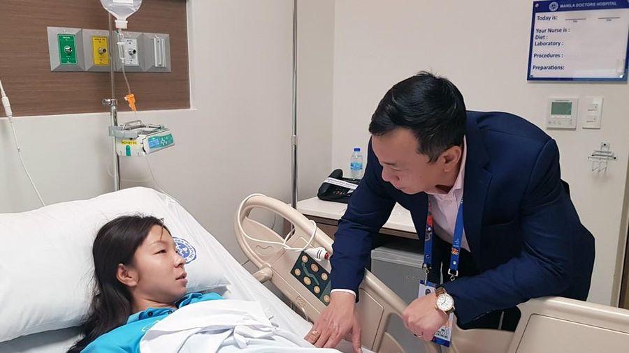 Sau khi 'lấy vàng' SEA Games 30, một nữ cầu thủ Việt Nam phải nhập viện vì mất sức