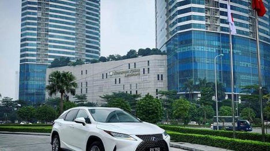 Lexus RX 350 2020 có giá từ 4,12 tỷ tại Việt Nam hấp dẫn người dùng ở điểm nào?