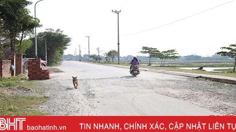 Nghịch lý ở tuyến đường dài chưa tới 1km ở thành phố Hà Tĩnh