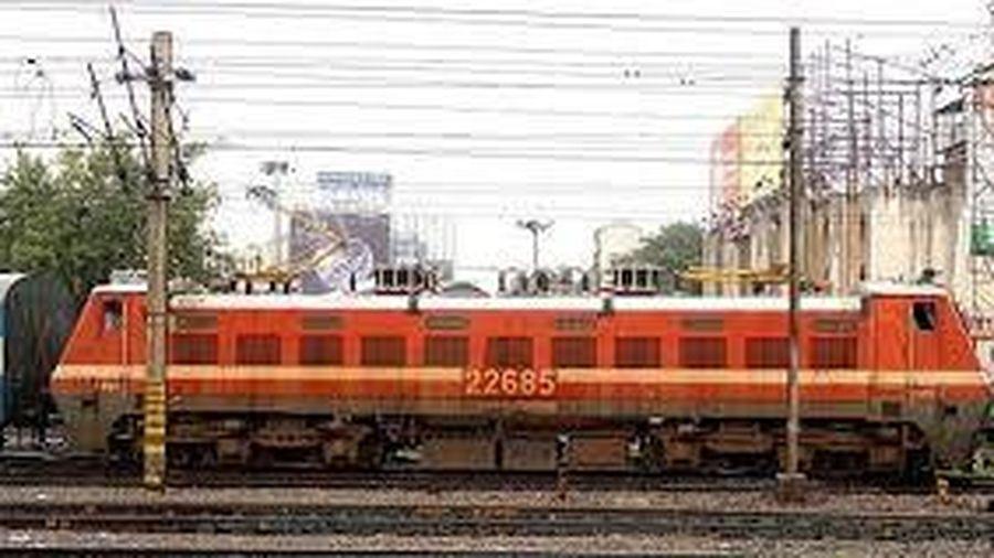Ấn Độ lên kế hoạch chuyển toàn bộ ngành đường sắt sang dùng điện