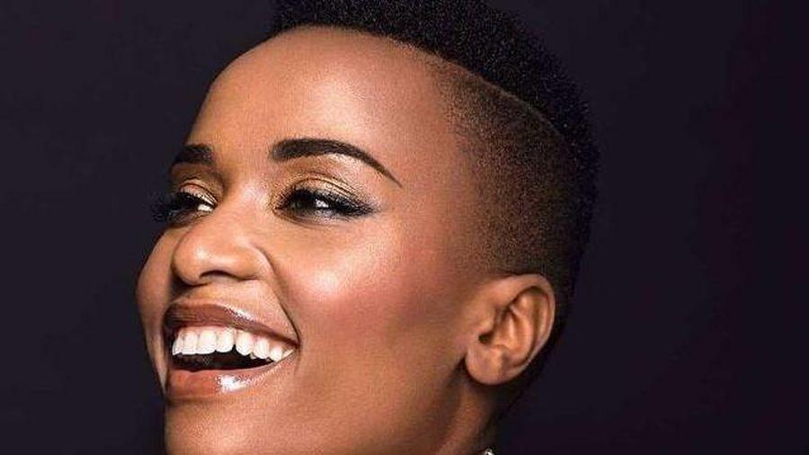 Nhan sắc chuẩn từng cm của 'viên ngọc đen' Nam Phi đăng quang Hoa hậu Hoàn Vũ 2019
