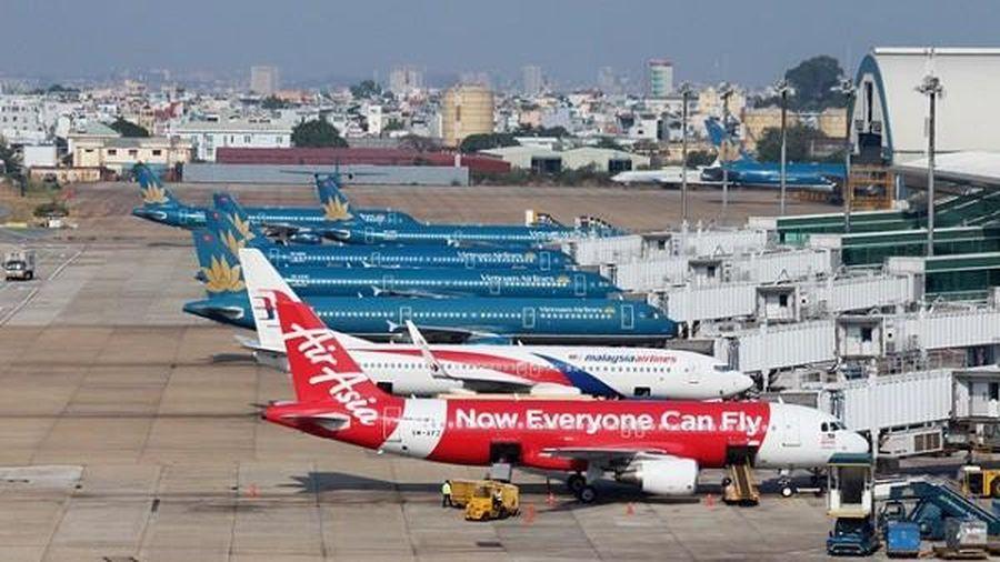 Vietnam Airline đề xuất bỏ trần giá vé máy bay nội địa