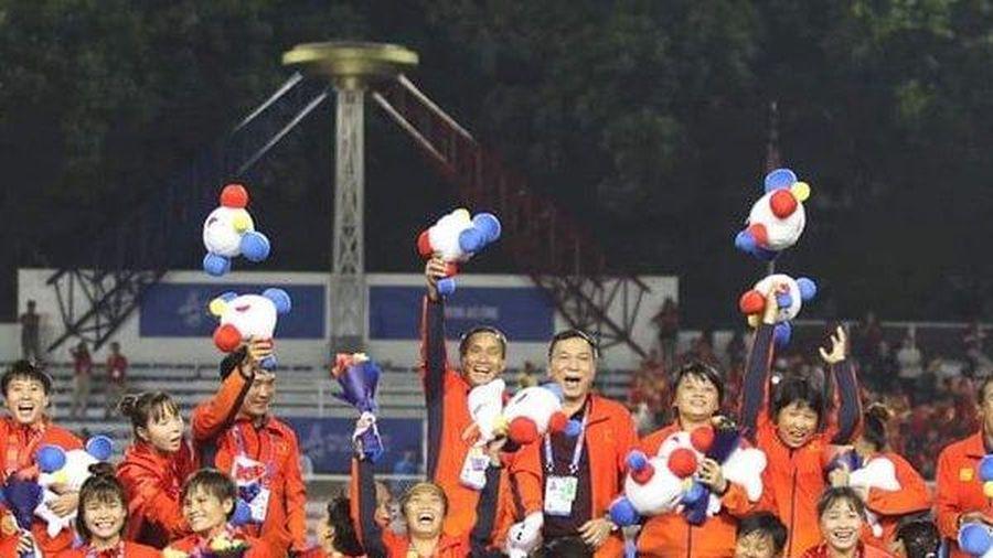Giành vàng SEA Games 30, tuyển nữ Việt Nam được tặng học bổng tiền tỷ