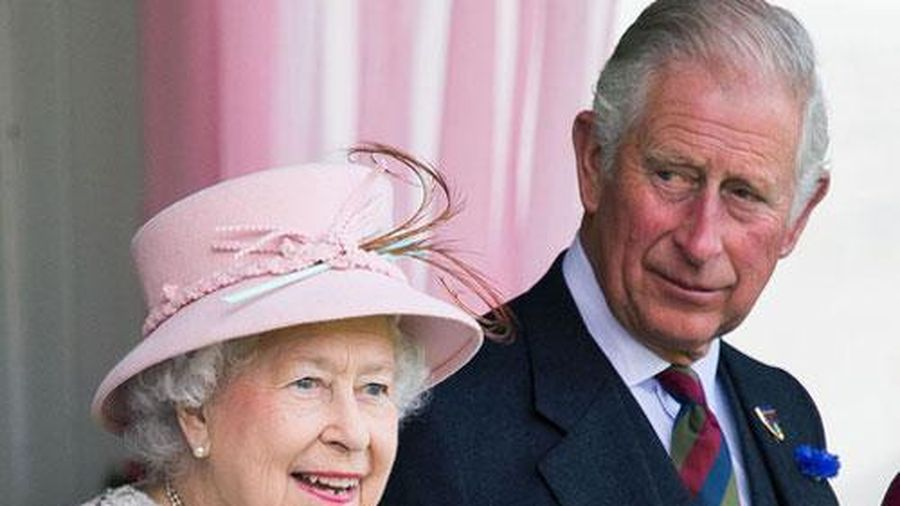 Hoàng gia Anh lần đầu lên tiếng phản hồi trước thông tin Nữ hoàng Anh nghỉ hưu, nhường ngôi cho con trai ở tuổi 95
