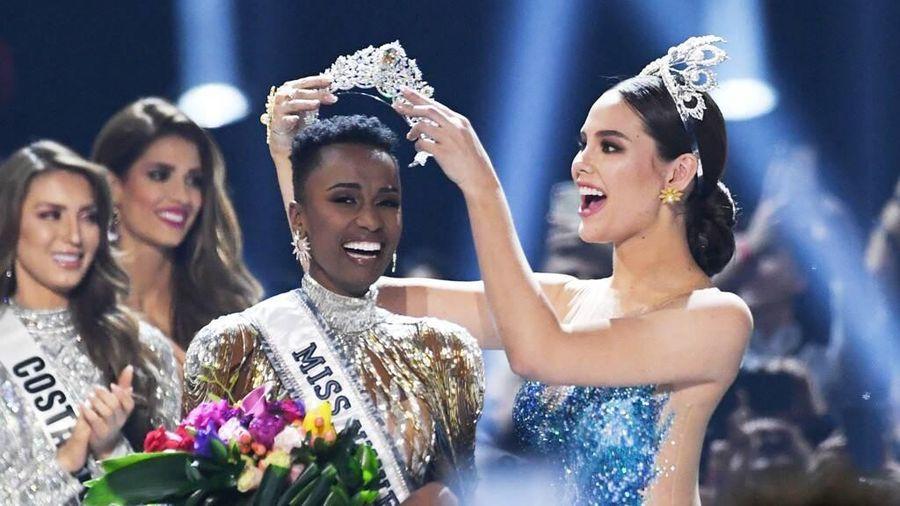 Cận cảnh nhan sắc người đẹp da màu vừa đăng quang Hoa hậu Hoàn vũ thế giới