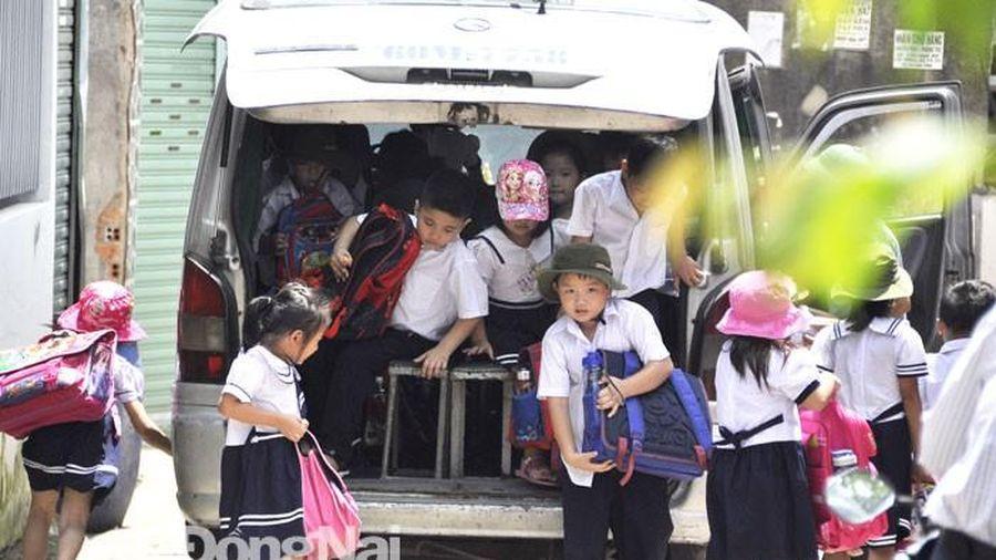 Hà Nội: Xử lý 39 trường hợp xe đưa đón học sinh có vi phạm