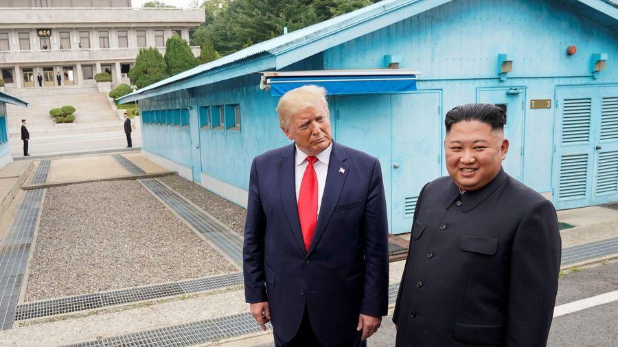 Các cựu Bộ trưởng Quốc phòng 'bắt lỗi' ông Trump trong đàm phán hạt nhân với Triều Tiên