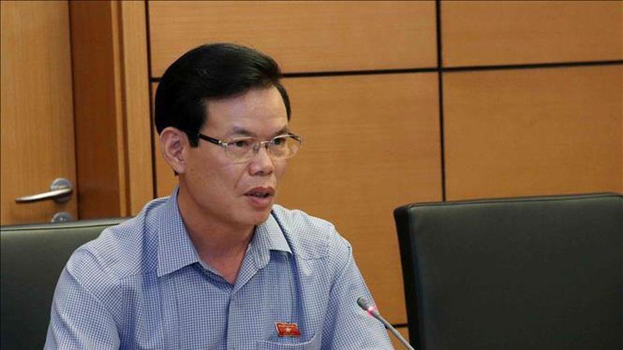 Gian lận thi cử tại Hà Giang: Xem xét thi hành kỷ luật ông Triệu Tài Vinh