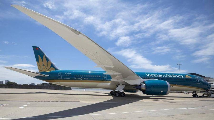 Hãng bay thiếu phi công, quản lý nhà nước kêu khó nhân lực giám sát an toàn