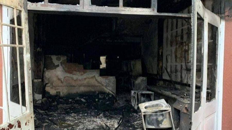 Cháy tiệm giặt ủi, khách Hàn Quốc hoảng hốt nhảy từ tầng 2 xuống