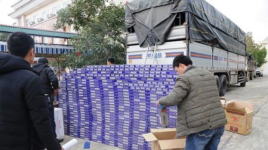 Kiểm tra xe tải phát hiện 10.000 bao thuốc lá lậu mang nhãn hiệu HERO