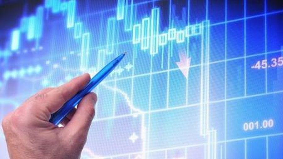 Nhà đầu tư nước ngoài bán ròng liên tiếp 4 tháng trên HOSE