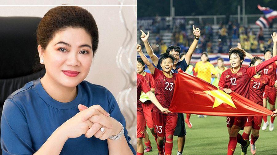 Shark Liên tặng thưởng nửa tỉ đồng cho đội tuyển bóng đá nữ Việt Nam sau chiến thắng trước Thái Lan