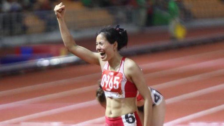 Cảm phục mẹ bỉm sữa Nguyễn Thị Huyền vừa sinh con vài tháng giành Huy chương Vàng tại Sea Games 30