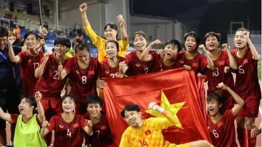 Chính phủ tặng mỗi nữ cầu thủ giành HCV SEA Games 100 triệu