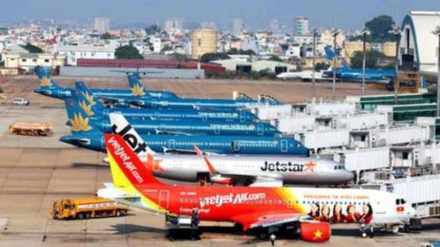 Doanh nghiệp tiếp tục đề xuất bỏ giá trần vé máy bay nội địa