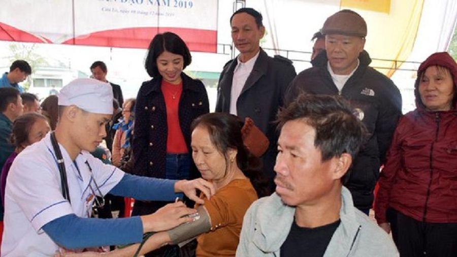 Nghệ An: Khám bệnh, cấp thuốc miễn phí cho hơn 300 người dân có hoàn cảnh khó khăn