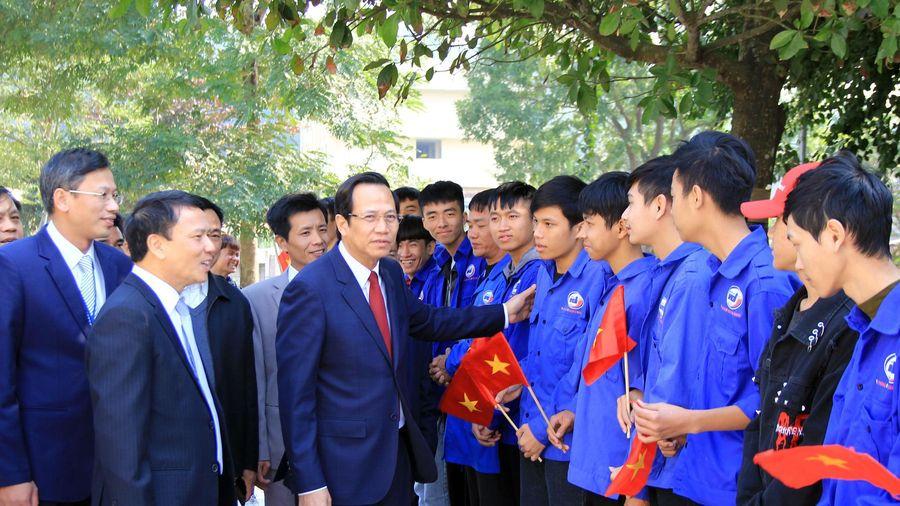 Bộ trưởng Đào Ngọc Dung:Tạo đột phá trong xóa đói, giảm nghèo, giải quyết việc làm