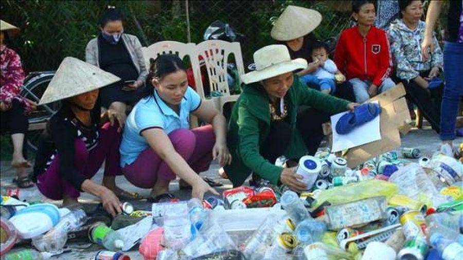 Nghệ An: Triển khai hiệu qua mô hình 'Biến bãi rác thành thẻ BHYT'
