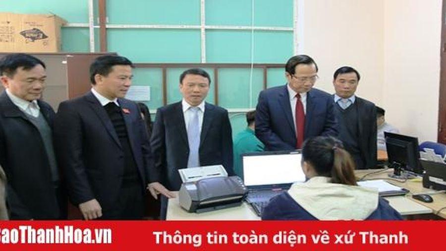 Bộ trưởng Bộ Lao động, Thương binh và Xã hội Đào Ngọc Dung thăm và làm việc tại Sở Lao động, Thương binh và Xã hội tỉnh