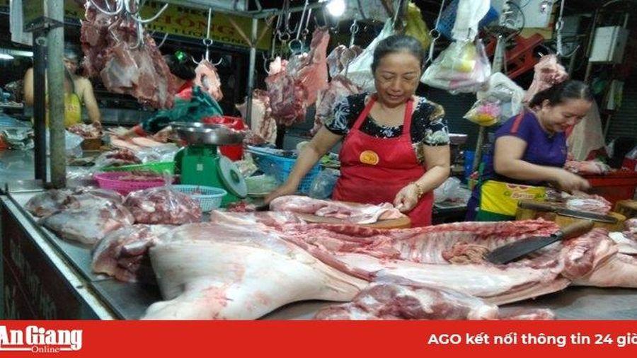 Phó Giám đốc Sở Công thương tỉnh Phan Lợi: 'Mô hình quản lý, nhận diện và truy xuất nguồn gốc thịt heo đáp ứng nhu cầu thịt heo an toàn của người dân'