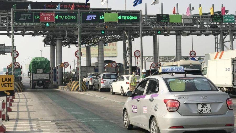 Thủ tướng chỉ đạo mở barie trạm thu phí khi ùn tắc dịp Tết