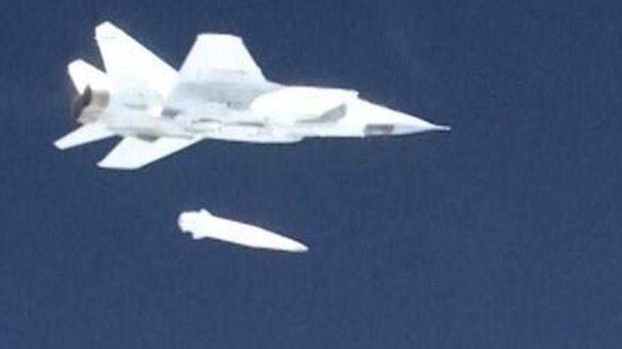 Mỹ thừa nhận 'sốc' về vũ khí siêu vượt âm Nga