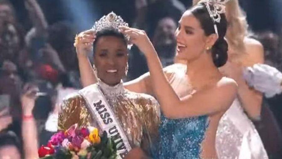 Đại diện Nam Phi đăng quang Miss Universe, Hoàng Thùy chỉ lọt top 20