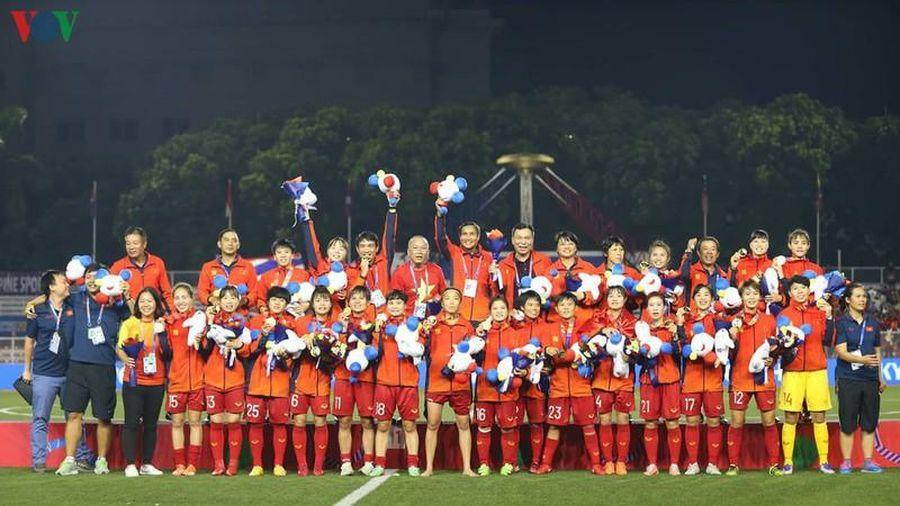 Vô địch SEA Games, các nữ cầu thủ nữ được tặng học bổng tới 250 triệu