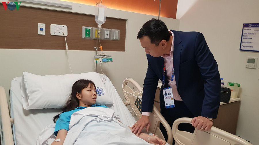 Trung vệ 'thép' của ĐT nữ Việt Nam nhập viện sau khi giành HCV SEA Games 30