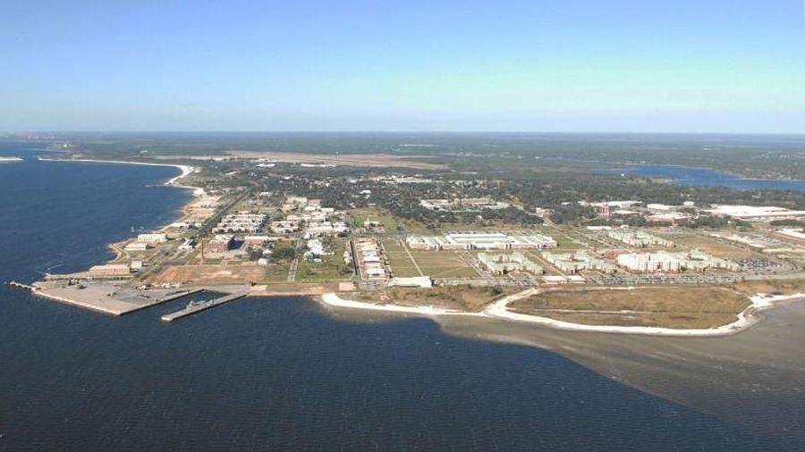 FBI nói xả súng tại căn cứ hải quân Florida có thể liên quan khủng bố