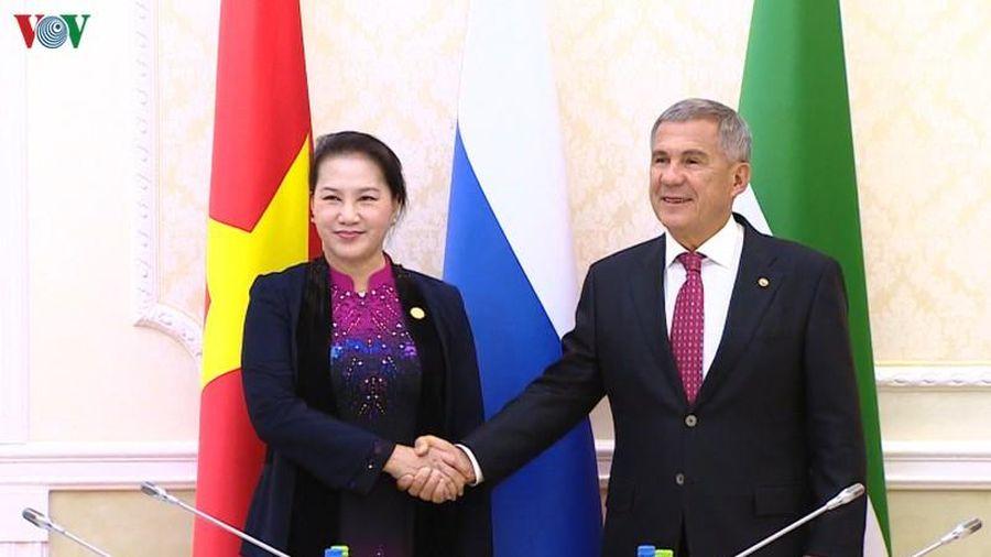 Chủ tịch Quốc hội hội kiến Thổng thống Tatarstan