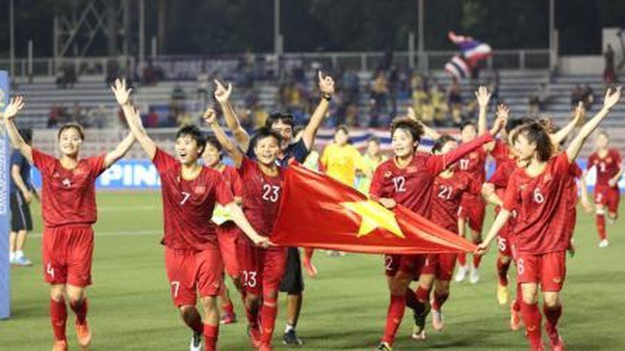 Niềm vui khôn xiết của tuyển nữ Việt Nam mừng chiến tích lịch sử SEA Games