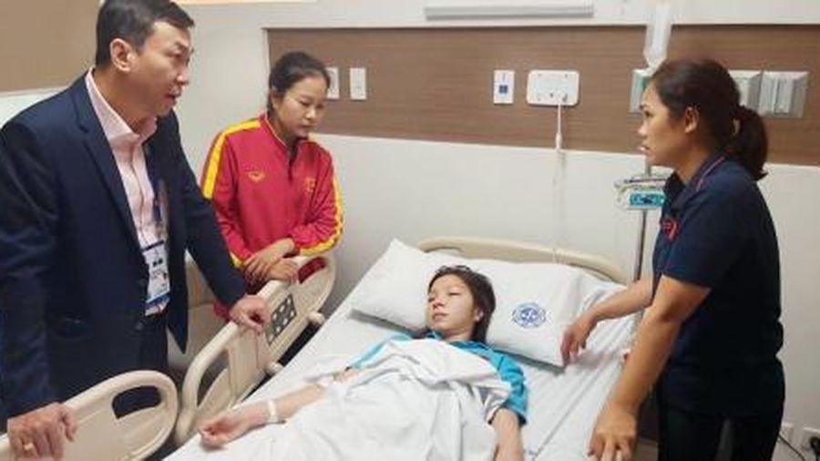 Trần Thị Hồng Nhung nhập viện sau trận đấu Thái Lan