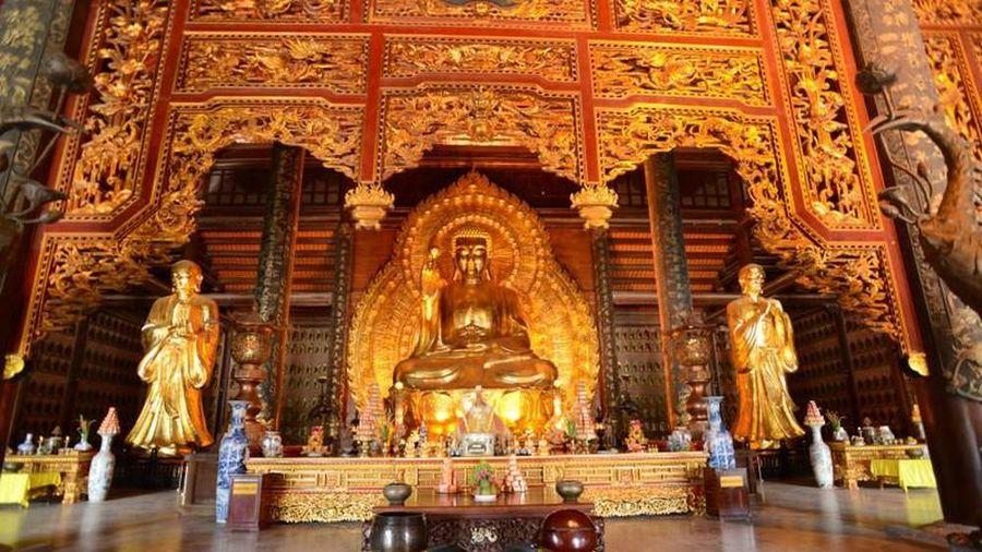 Chiêm ngưỡng những pho tượng nắm kỷ lục tại chùa Bái Đính, Ninh Bình