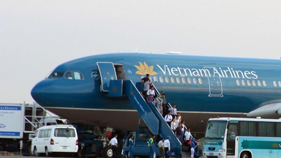 Vietnam Airlines muốn bỏ trần giá vé máy bay nội địa