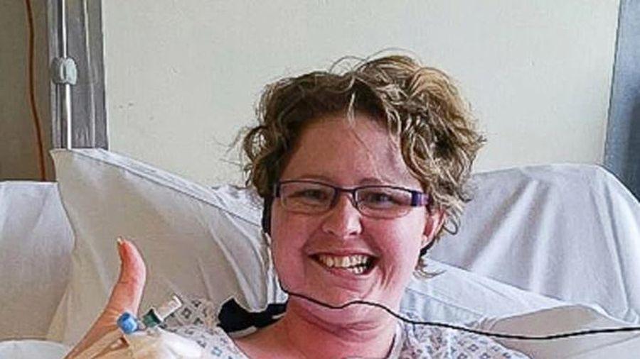 Mắc ung thư, người phụ nữ trẻ phải cắt lưỡi