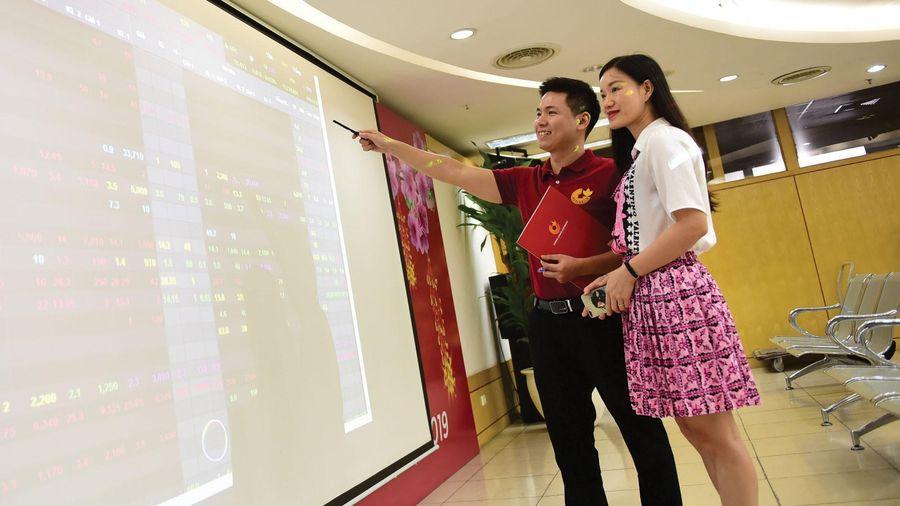 Thị trường chứng khoán Việt Nam: Những nút thắt cần sớm tháo gỡ