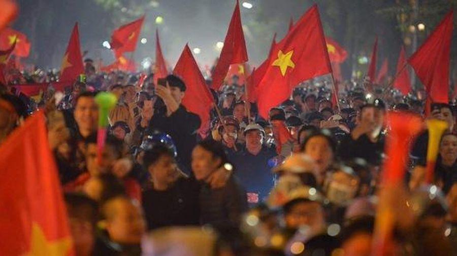 Phó Thủ tướng Thường trực: Cổ vũ chiến thắng của U22 Việt Nam phải an toàn