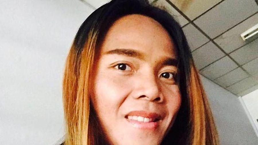 Bất ngờ nhan sắc đời thường 'nam cầu thủ' đối đầu tuyển nữ Việt Nam