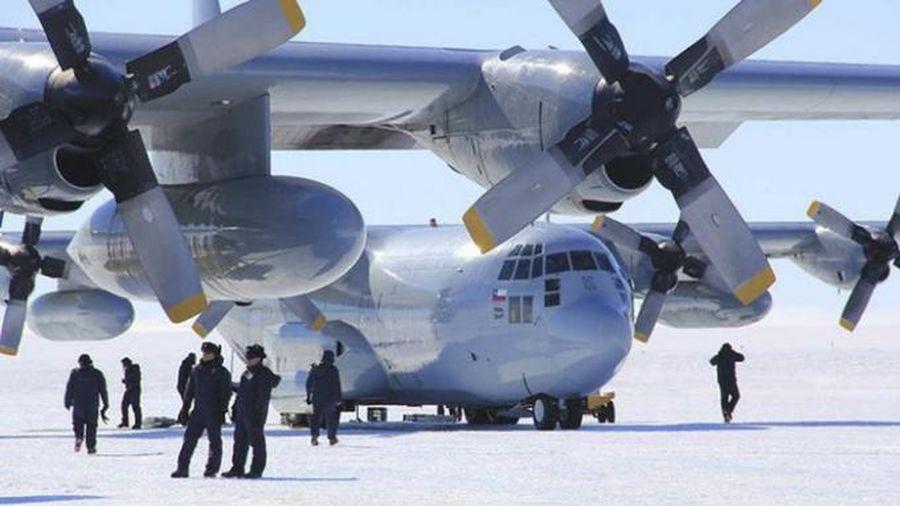 Máy bay vận tải chở 38 người của không quân Chile bị rơi