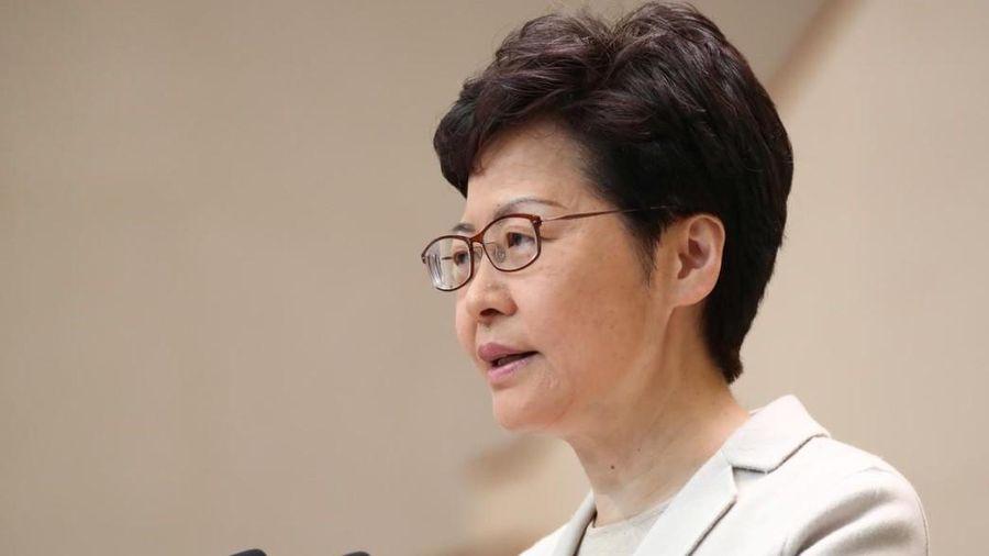 Bà Carrie Lam tuyên bố không cải tổ nội các bất chấp sức ép nặng nề