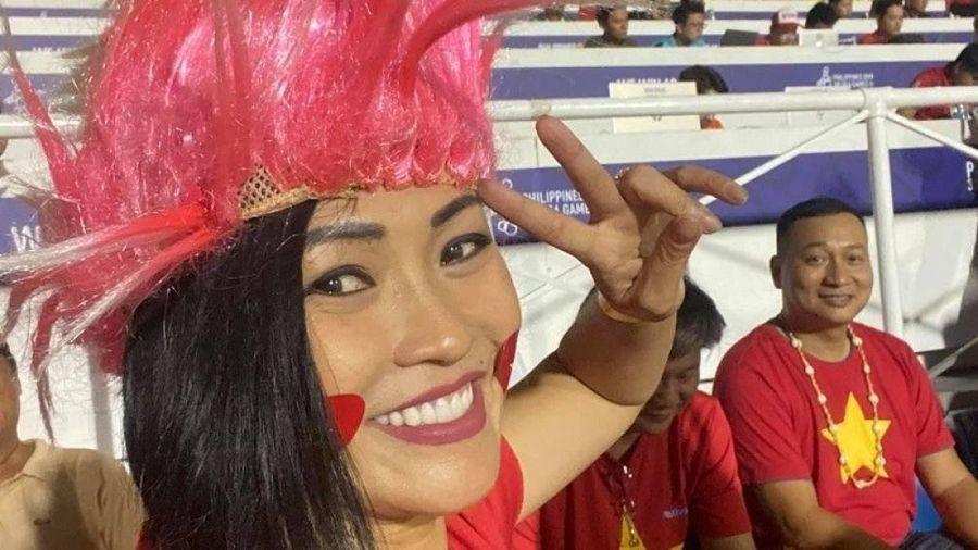 U22 Việt Nam vô địch SEA Games: Đàm Vĩnh Hưng đi bão, Văn Mai Hương khản cổ