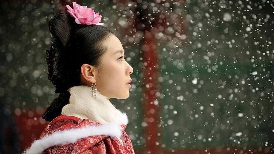 Dàn tiểu hoa trong tạo hình nhà Thanh: Dương Mịch, Lưu Thi Thi đẹp lấn át Châu Đông Vũ, Lý Lan Địch